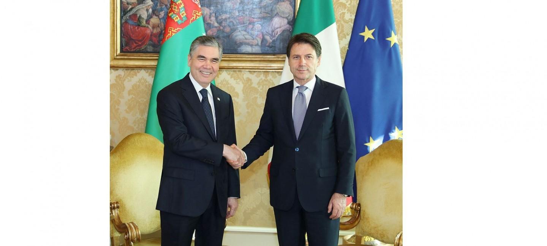 RIMDE ÝOKARY DEREJELI TÜRKMEN-ITALÝAN GEPLEŞIKLERI GEÇIRILDI